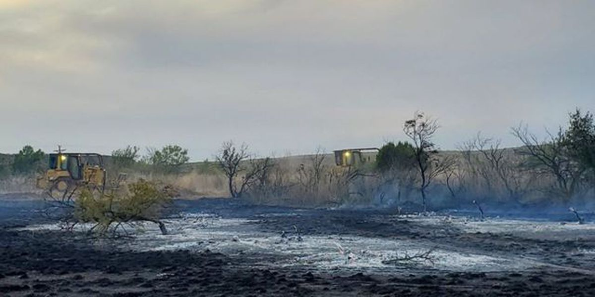 Valle De Oro area grass fire now 100 percent contained