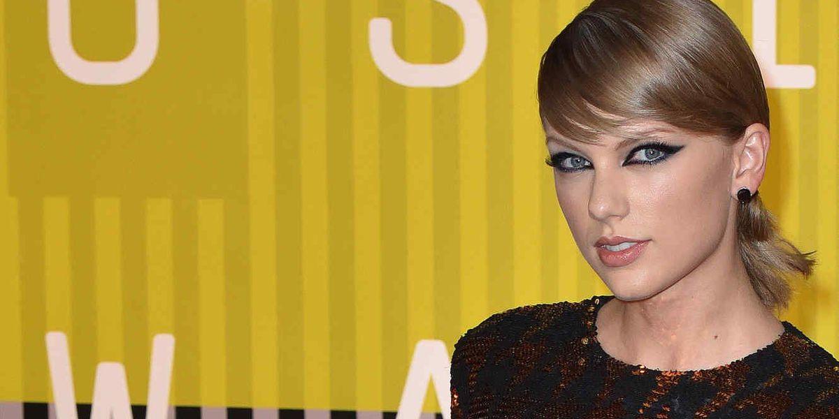 Taylor Swift dona US$50,000 al sobrino de uno de sus bailarines que padece de cáncer
