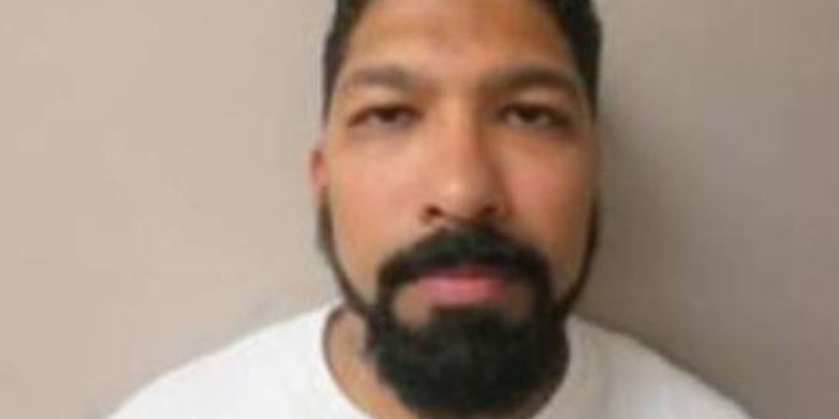 Authorities seek wanted sex offender