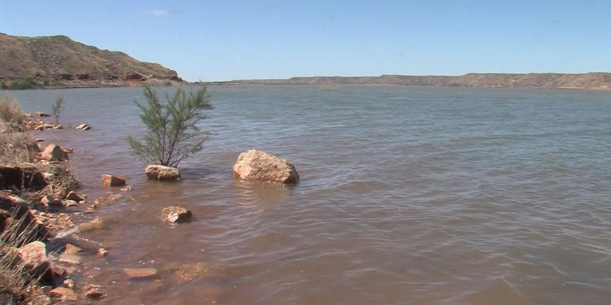Recent rain boosts Lake Meredith's water levels