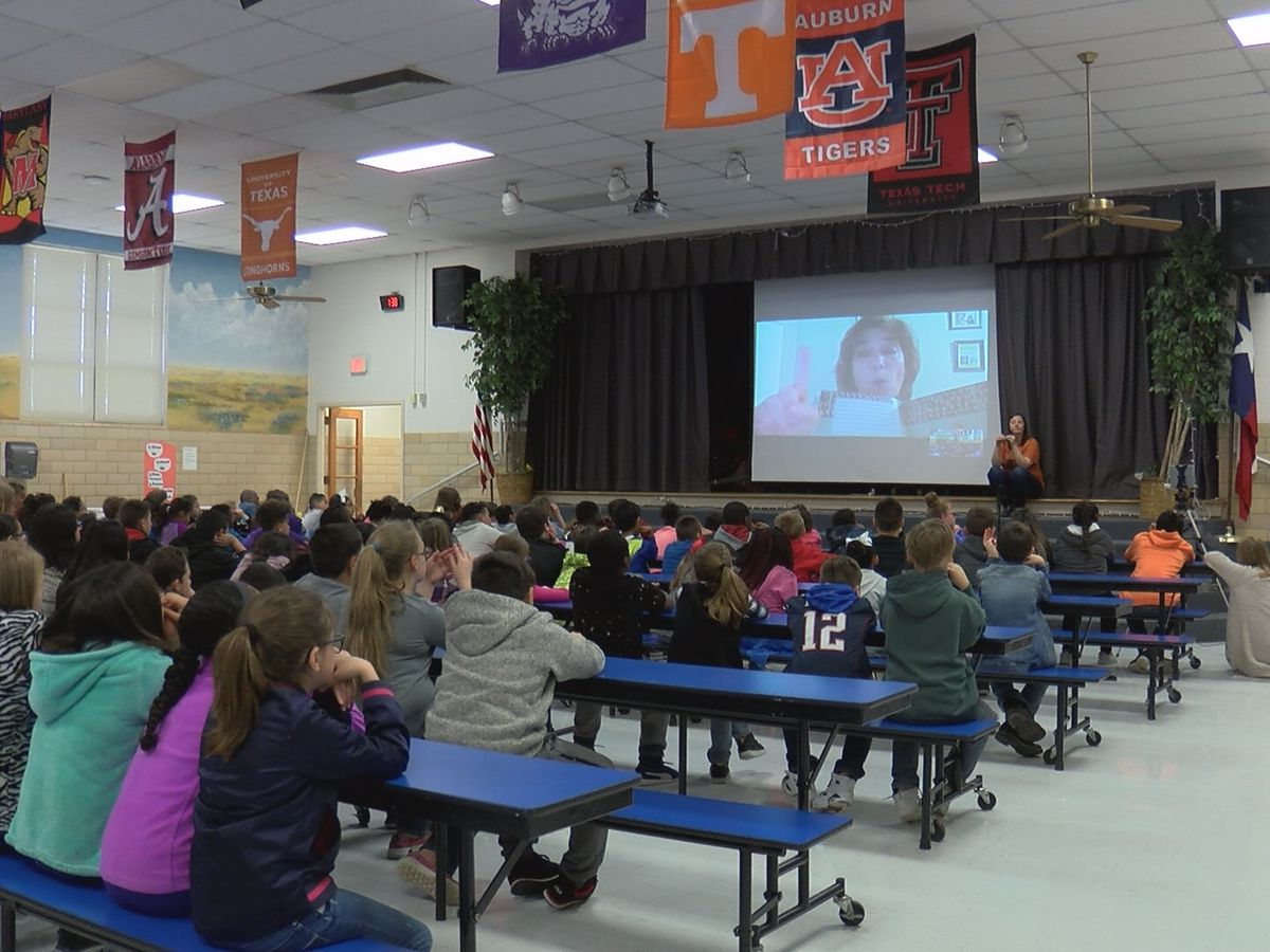 Author connects with students at Lamar Elementary