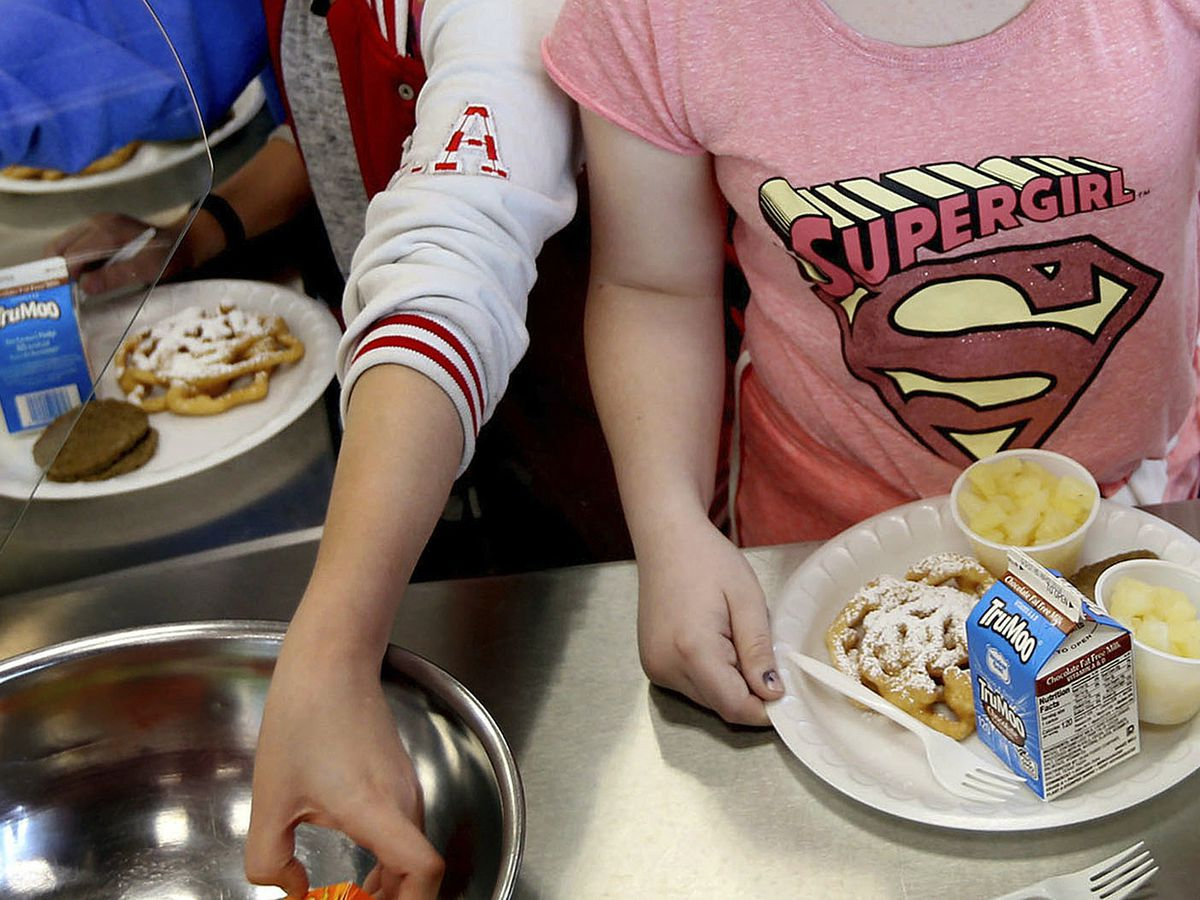 School lunch rules OK refined grains, low-fat chocolate milk