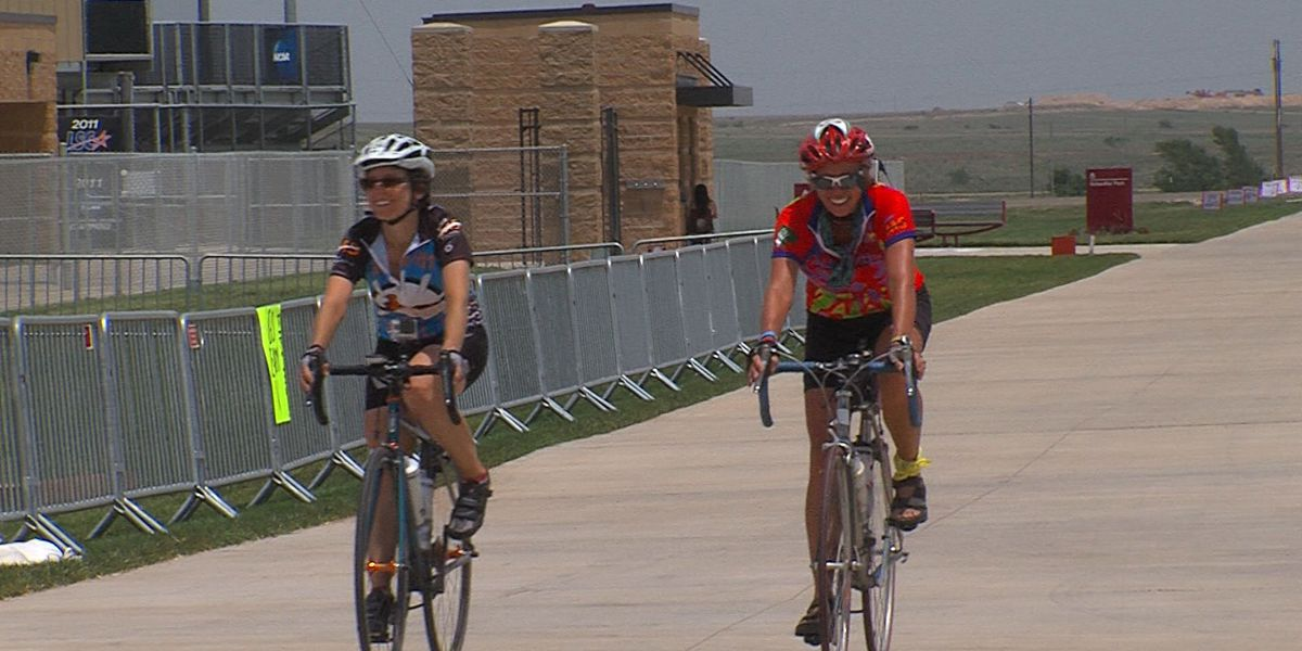 Hundreds of cyclists 'Ride the Rim' to help fight MS