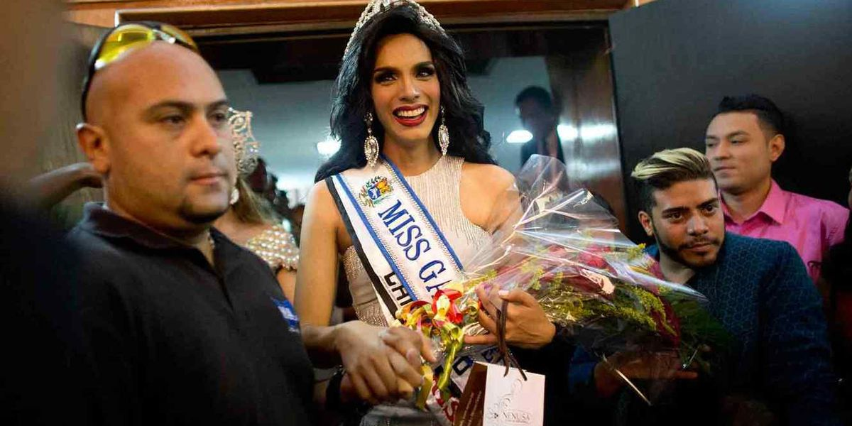 Argenis González gana la corona de Miss Gay Venezuela 2015