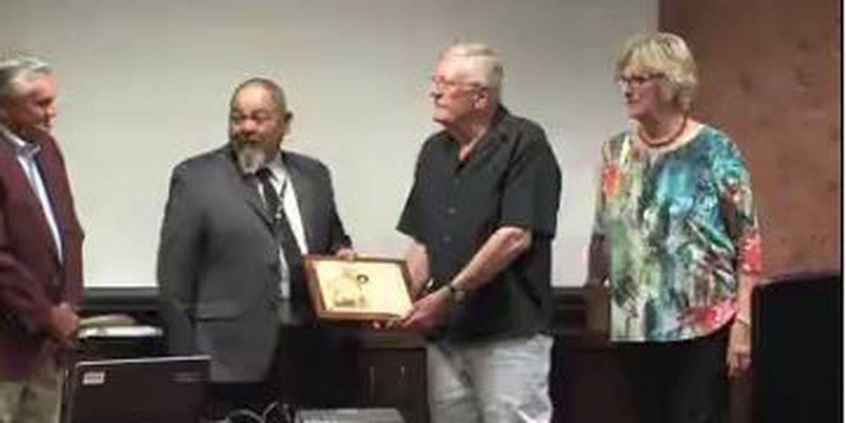 Area pilots receive prestigious award