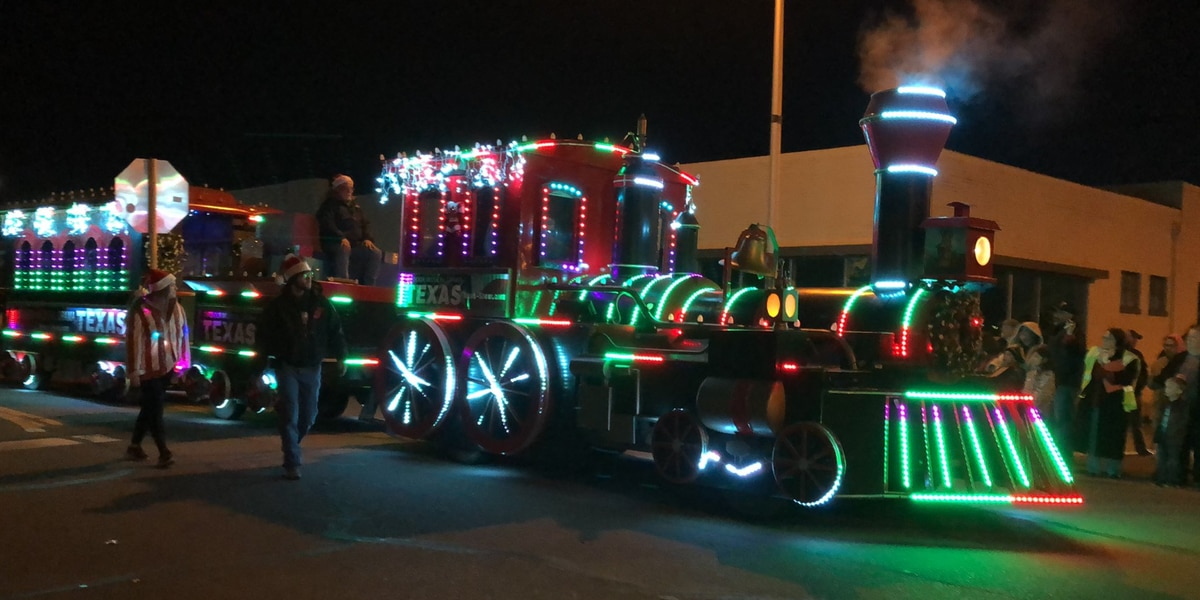 Getting in the holiday spirit: Center City Electric Light Parade 'lights up' downtown Amarillo