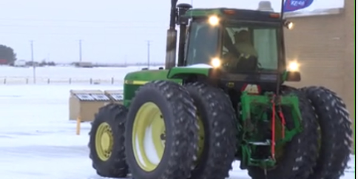 Good News with Dave: Texhoma students organize drive your tractor to school day