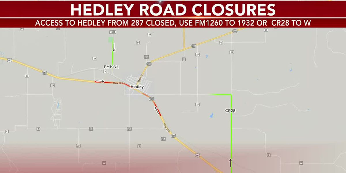 VIDEO: DPS officials working deadly crash in Hedley, US 287 intersections in Hedley closed