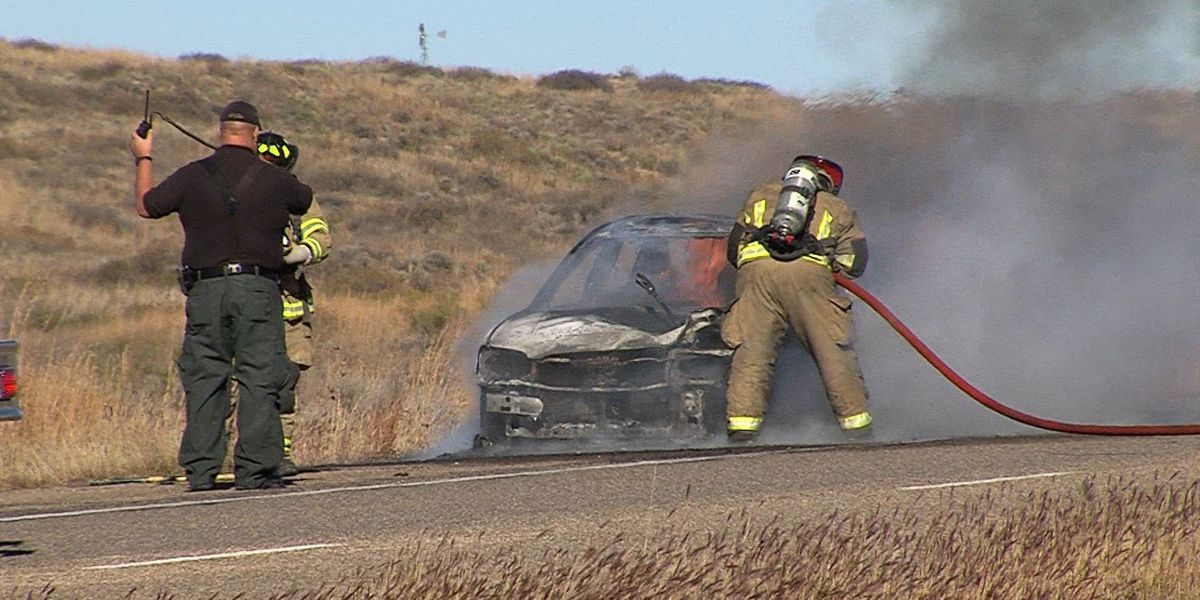 Vehicle fire stops south bound traffic on Dumas Highway