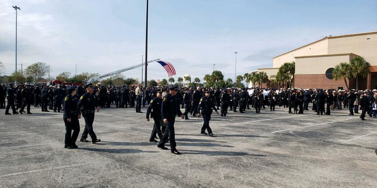 APD Honor Guard attends Houston Sergeant's funeral today