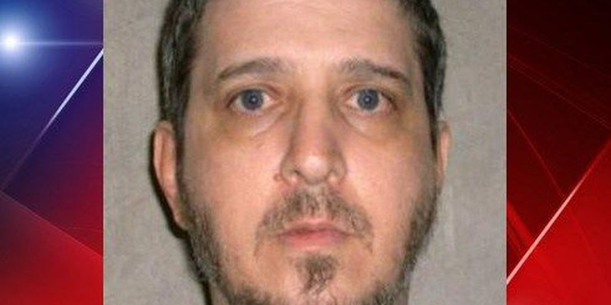 Attorneys working on 2 fronts to spare death row inmate