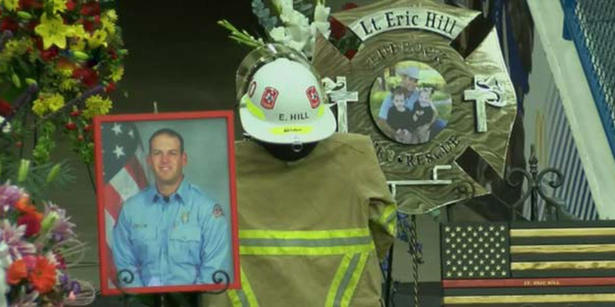 Lieutenant Eric Hill's family presented with Firefighter's Medal of Honor