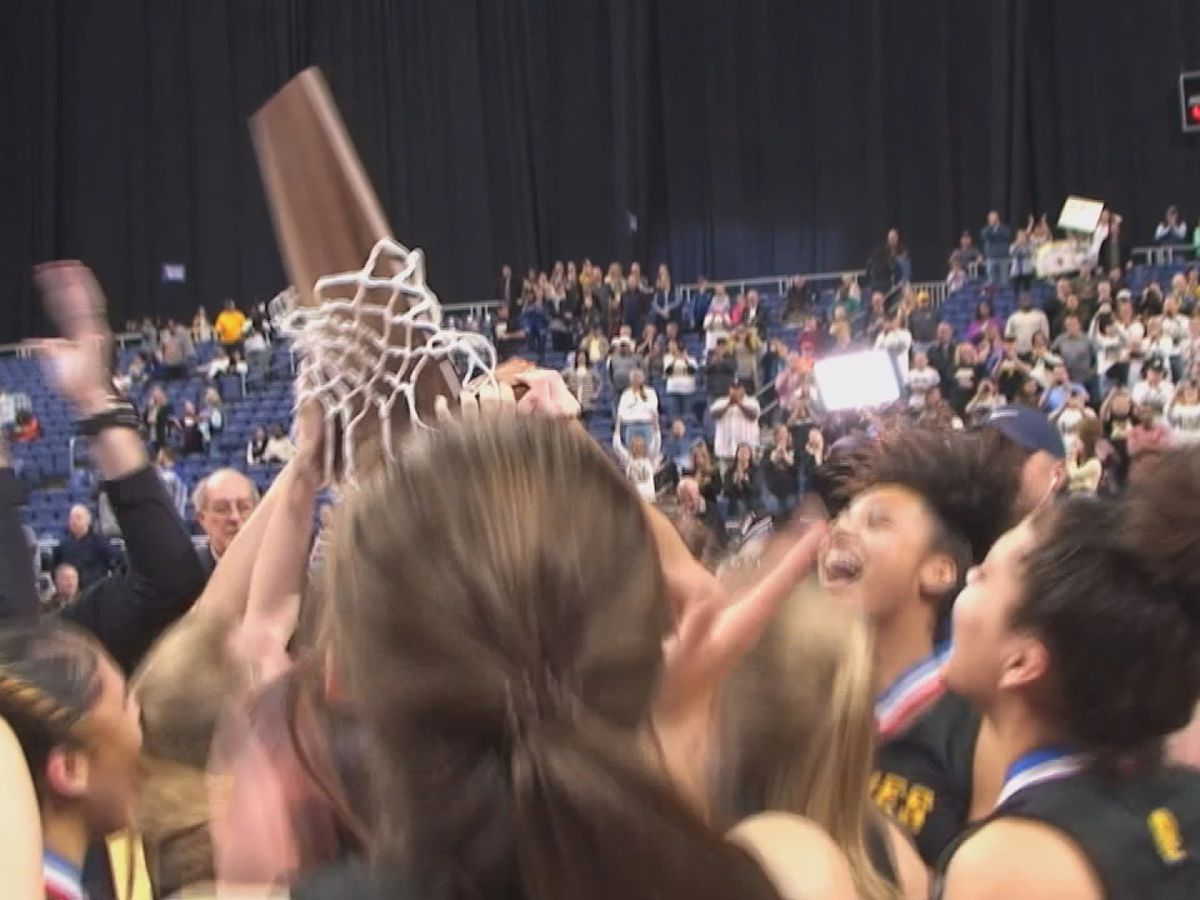 Amarillo Lady Sandies win back-to-back state titles