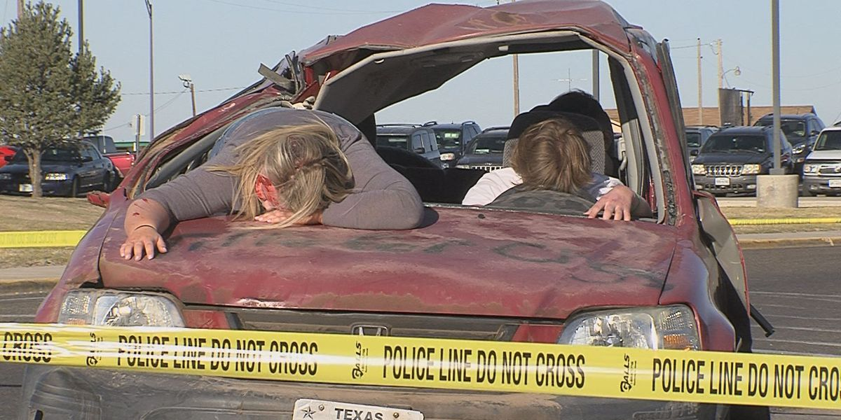 Students, first responders simulate accidents to stop drunk driving