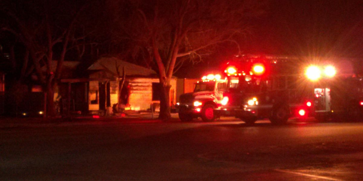 Early morning house fire under investigation
