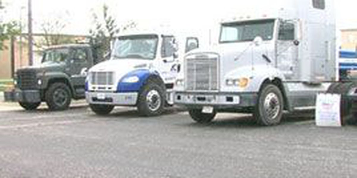 Truck driving industry needs thousands of drivers