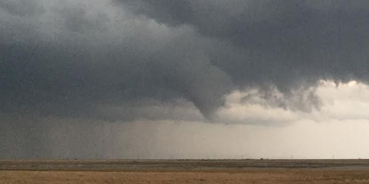 Tornadoes slap Texas Panhandle, no injuries reported