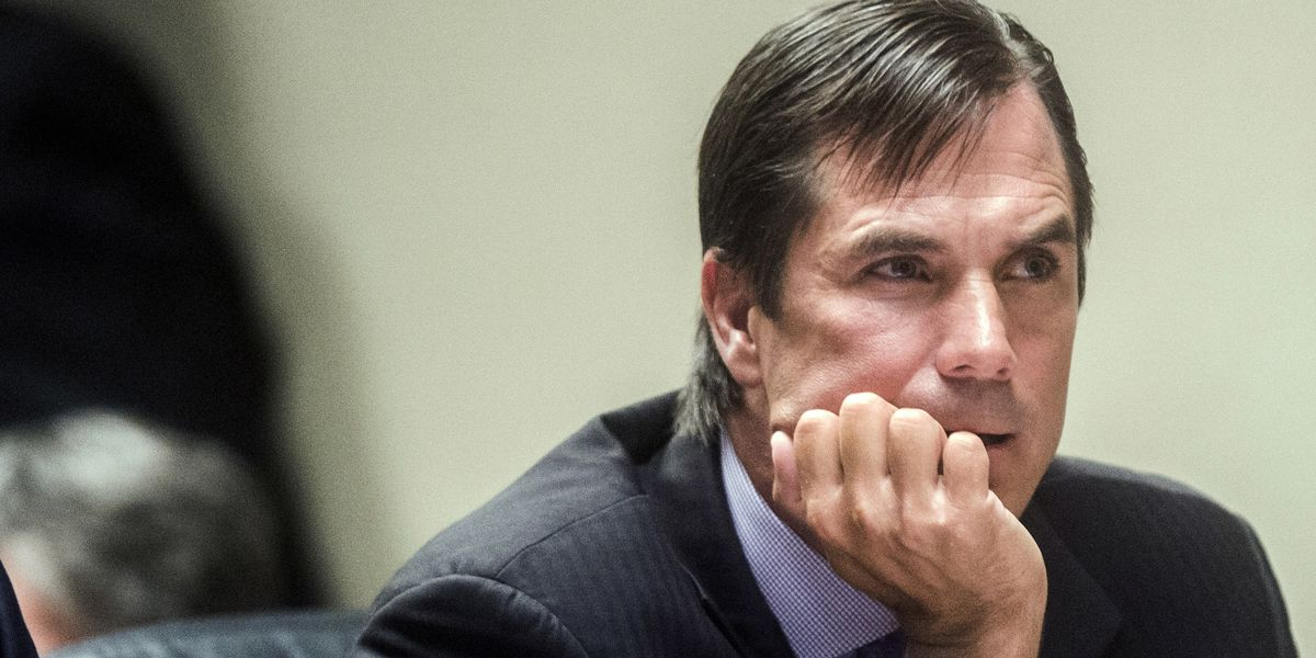 2 ex-health officials charged with manslaughter in Flint