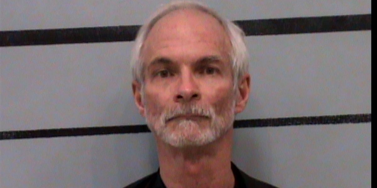 Band director pleads guilty, admits to engaging in sexual contact with '13 or 14′ year old