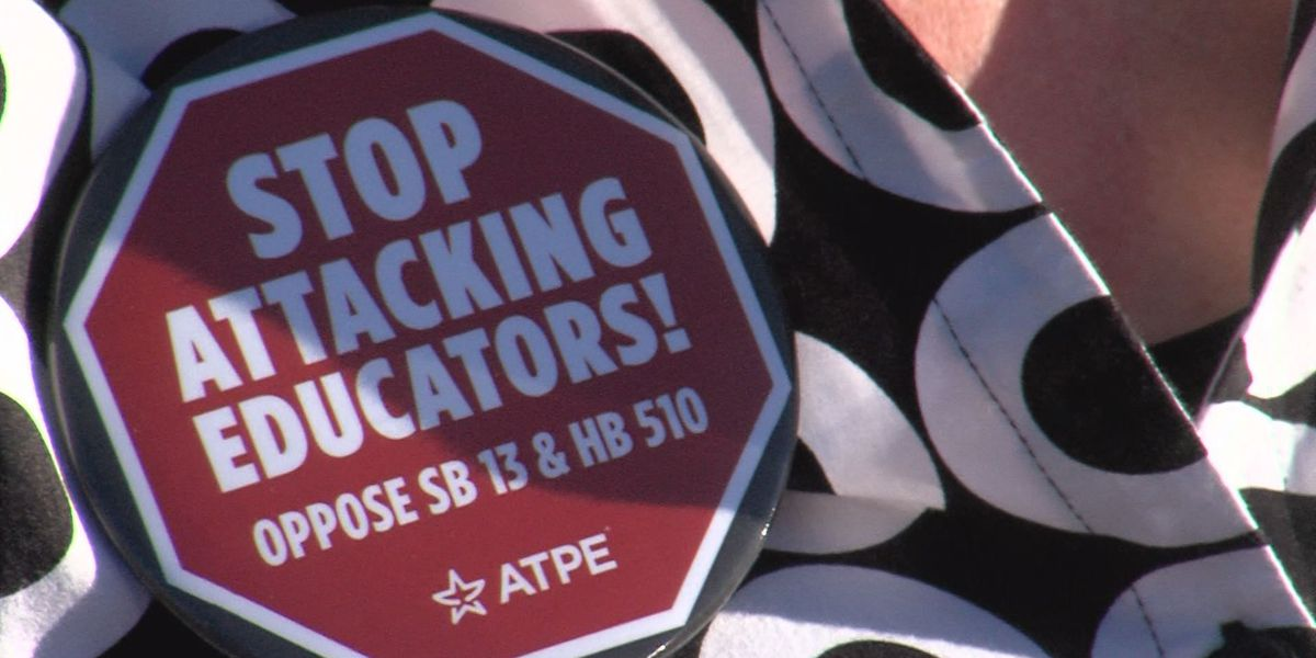 Texas teachers speak out against proposed bill