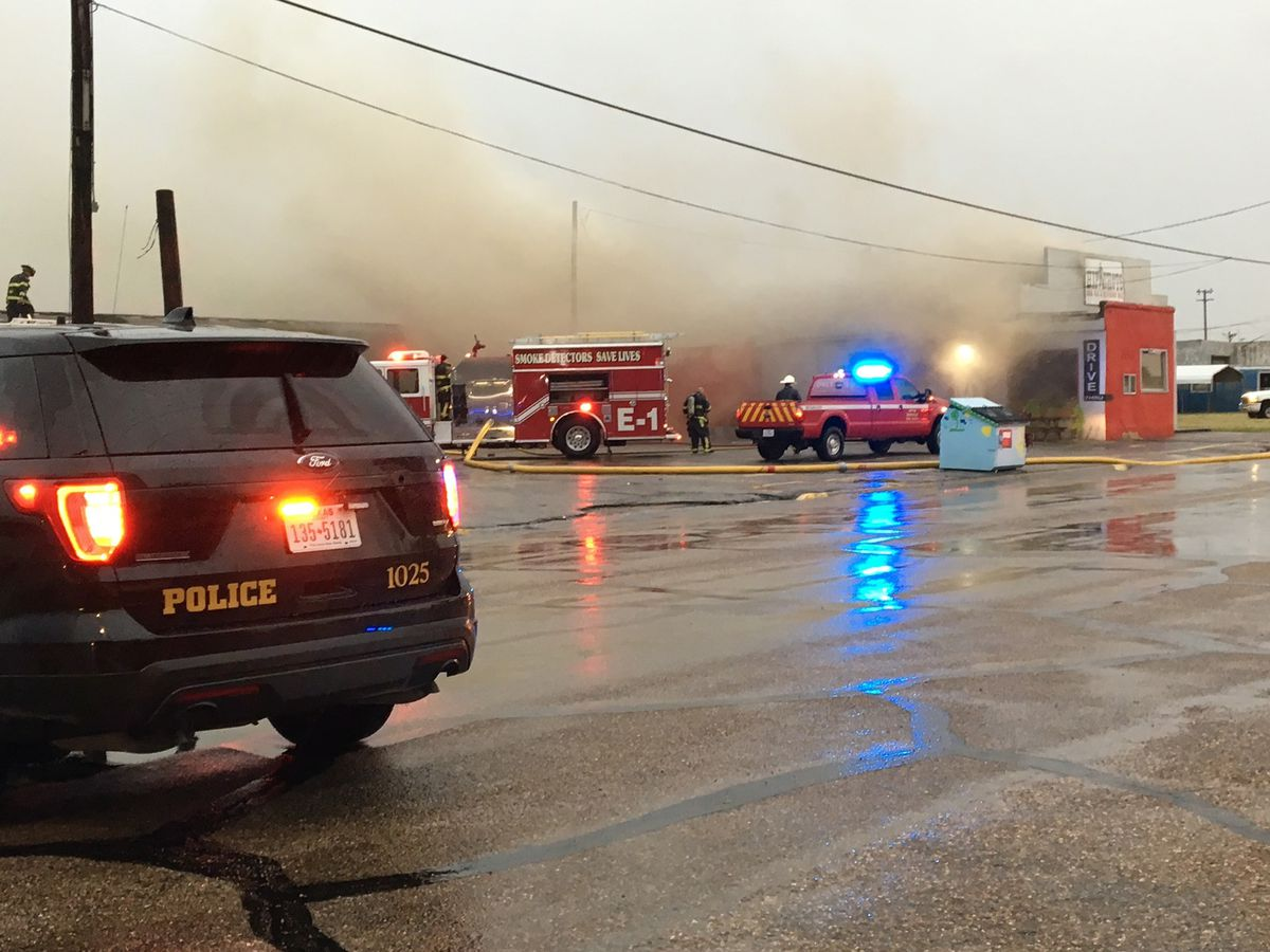 Borger BBQ spot catches fire Thursday night