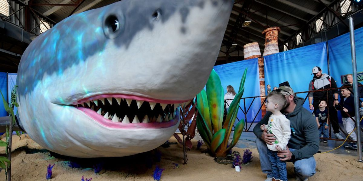 Over 100 'true-to-life size' dinosaurs and prehistoric marine creatures coming to the Tri-State Exposition