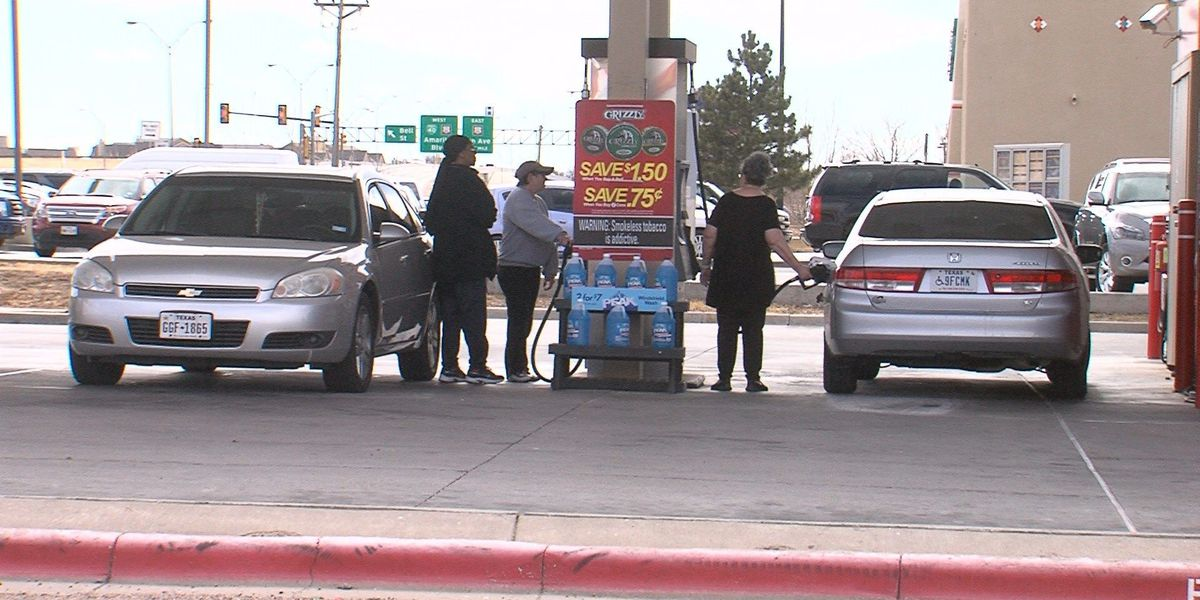 Residents weigh in as Amarillo gas prices drop