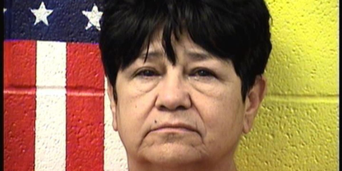 2 Portales women indicted on charges in hot car death