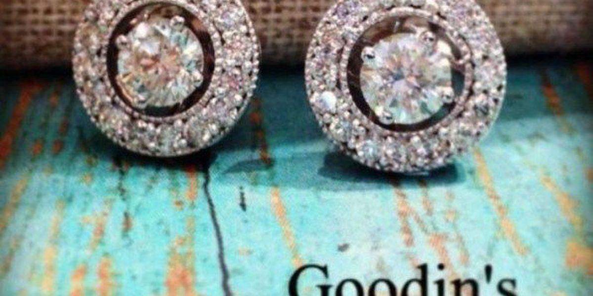 Moms Talk: Goodin's Jewelry