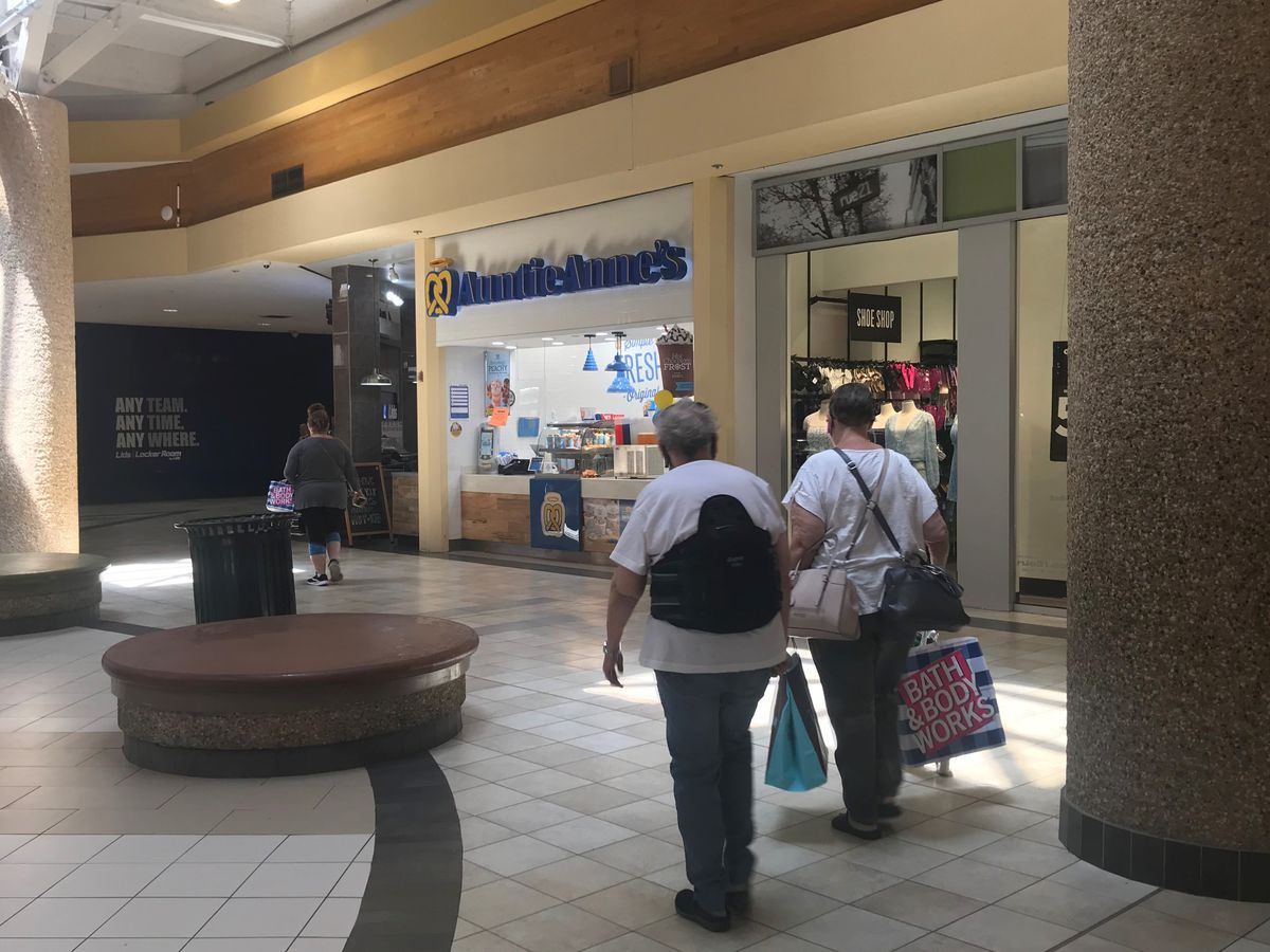 Shoppers returning to shopping centers brings hope to Amarillo's retail industry