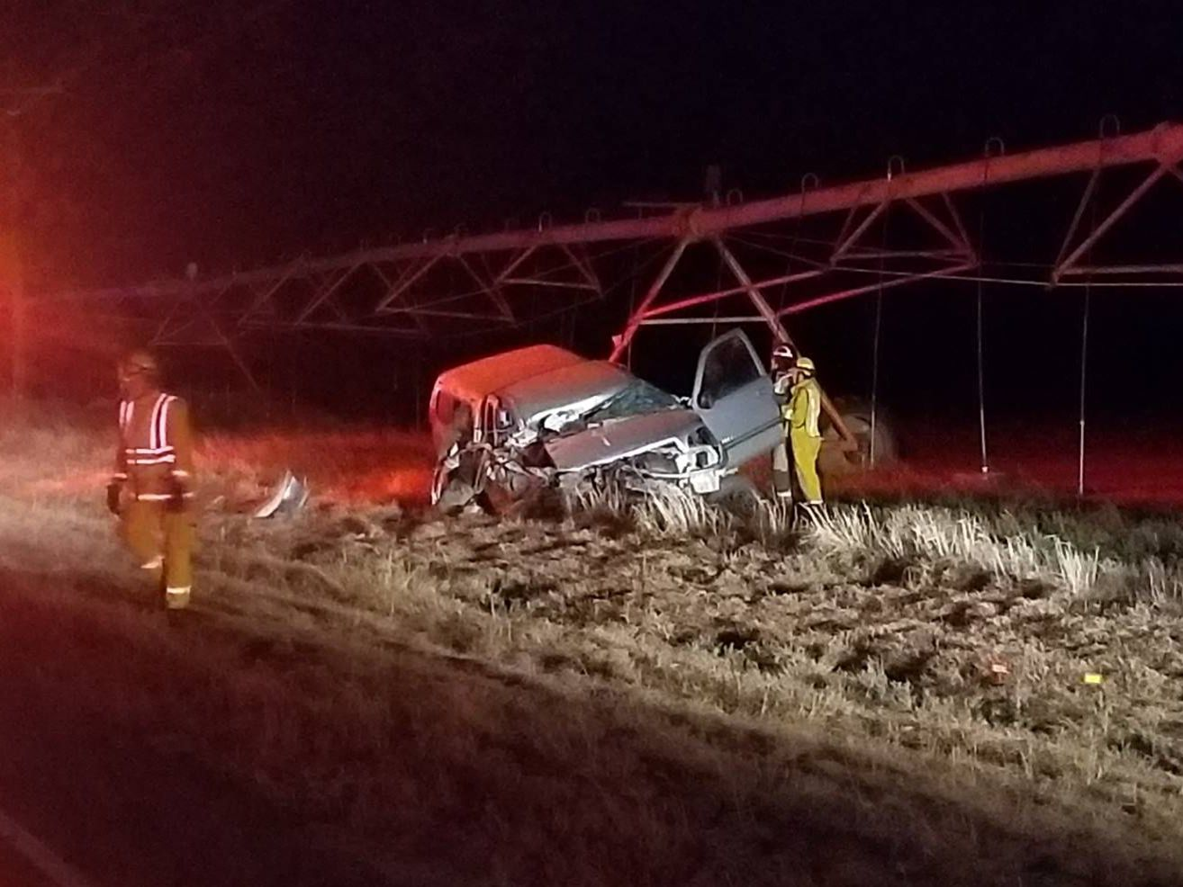 One man hospitalized on Sunday after head-on collision in Hartley County