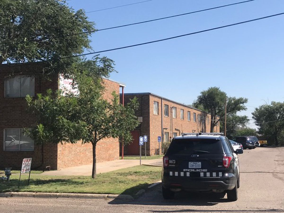 Police Searching For Suspect In Shooting At Apartment Near