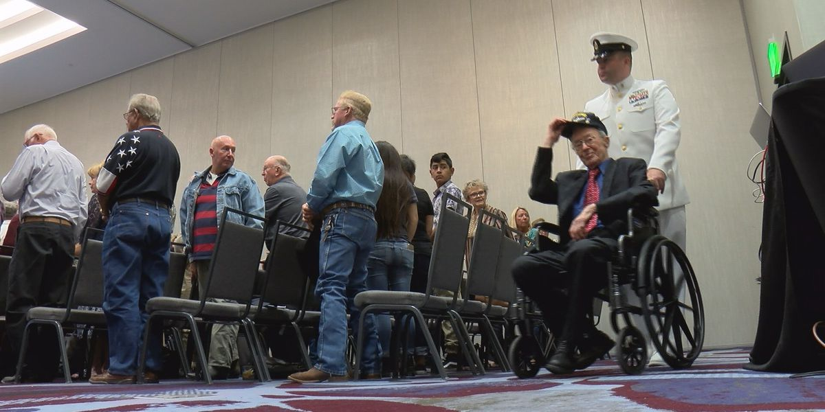 Defying the odds: Texas USS Indianapolis survivor honored 73 years later