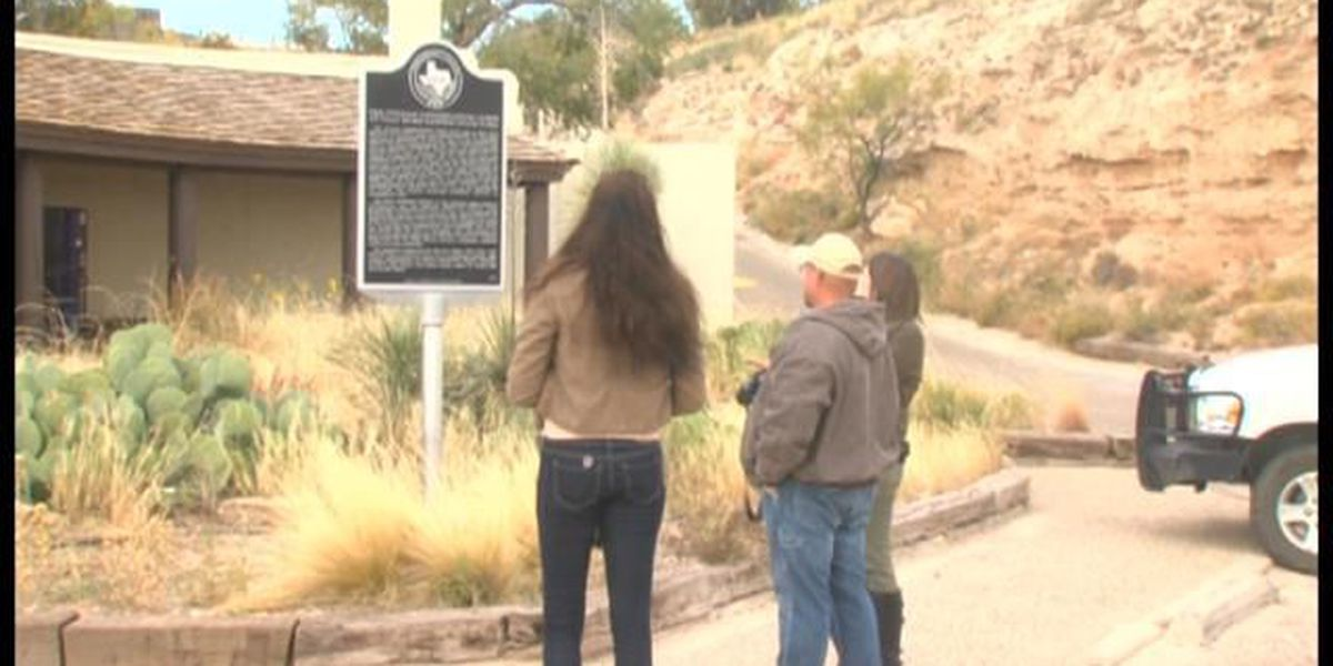 Man on a mission to document all Texas historical markers