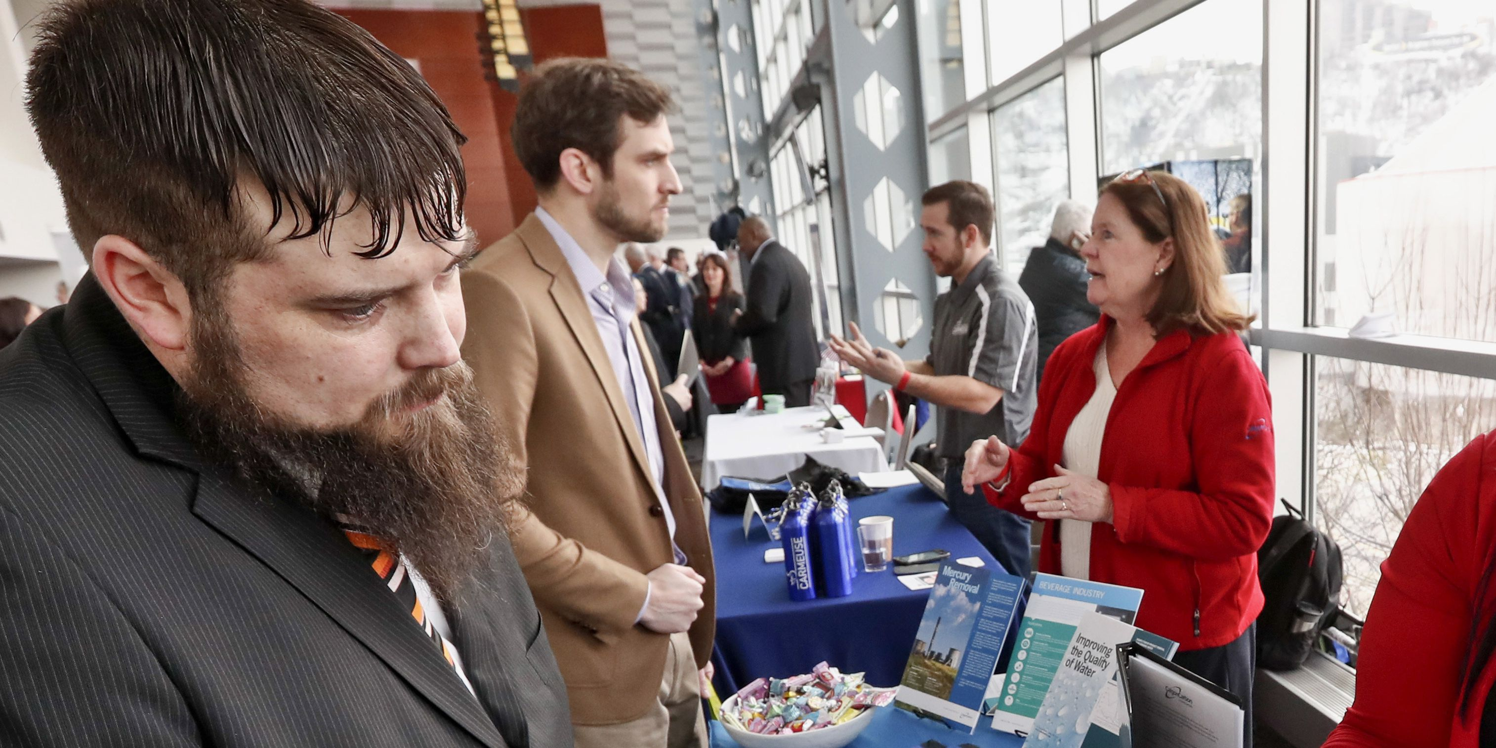 Hiring rebounds as US employers add a solid 196,000 jobs